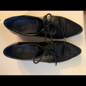 Dr.Scholls pony hair toe patent oxfords